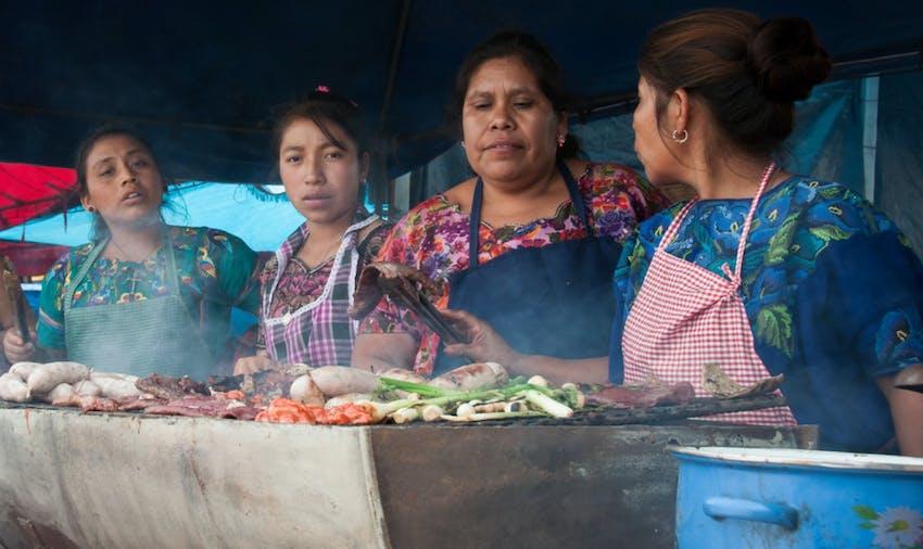 Enjoy tasty food when volunteering in Guatemala