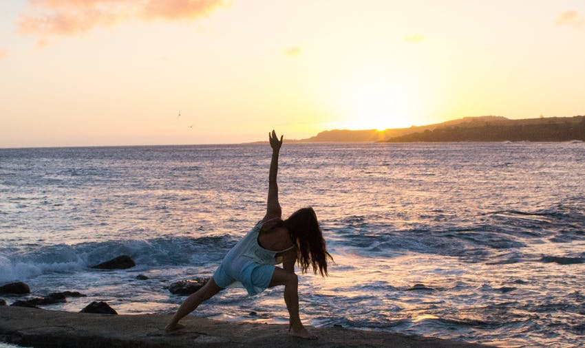 Get your yoga certification and volunteer abroad with IVHQ