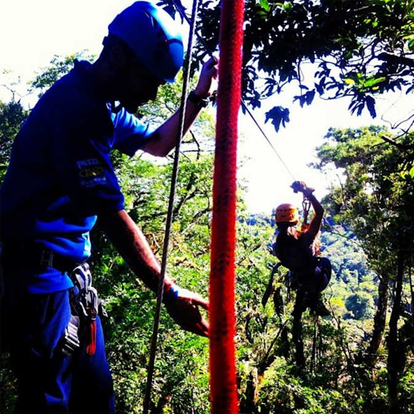 Zip lining during an IVHQ weekend in Costa Rica