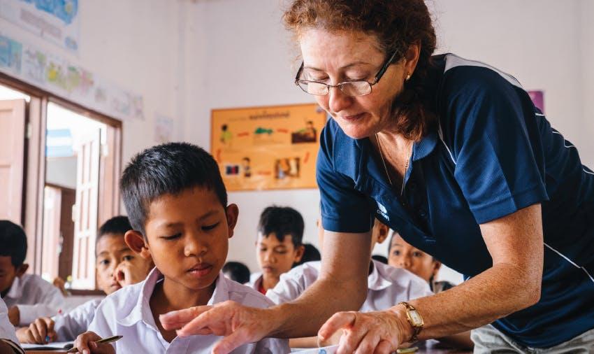 Popular Peace Corps Alternatives for Seniors