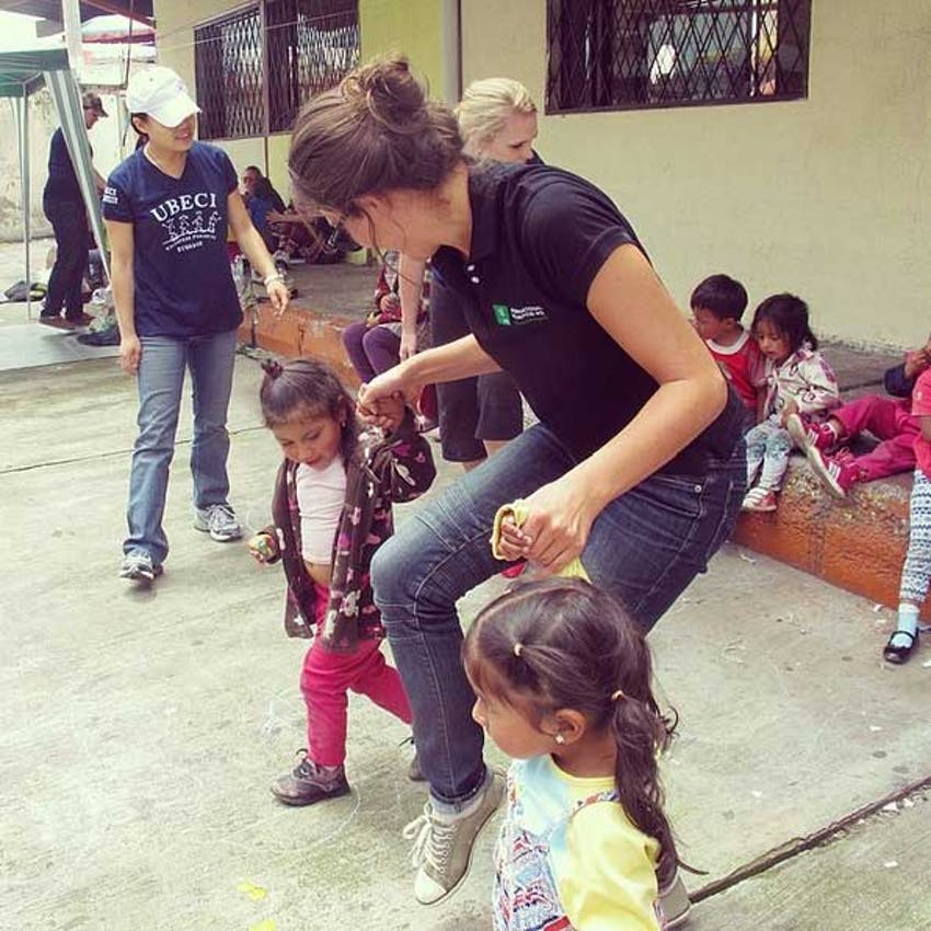 IVHQ's Lydia visits our program in Ecuador