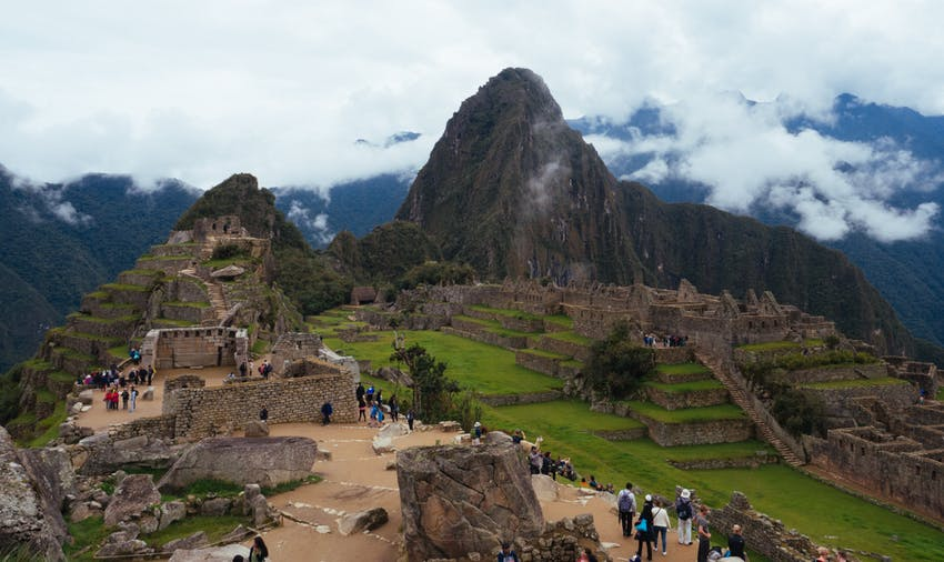Cheap volunteering in Peru with IVHQ