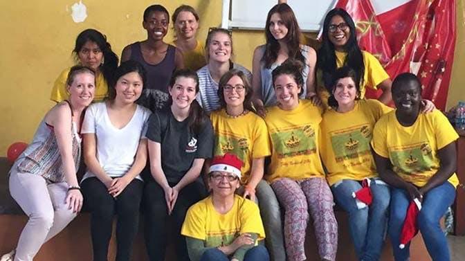 Christmas Volunteering in Peru - Lima