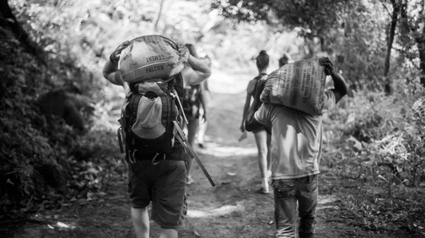 Construction volunteers in Madagascar with IVHQ