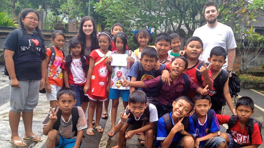 Volunteer Abroad as a couple with IVHQ in Bali