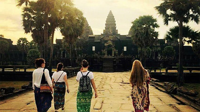 Visiting temples as an IVHQ volunteer in Cambodia