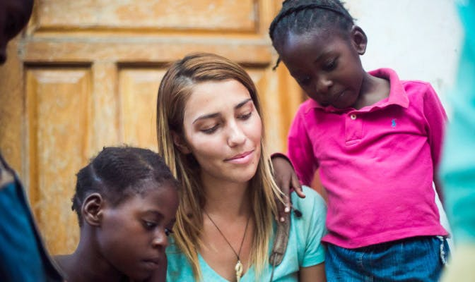 Recommend gap year program in Zambia with IVHQ