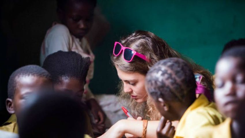 How to choose a volunteer abroad program - volunteering in Zambia with IVHQ
