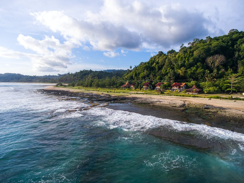 Volunteer in Indonesia with IVHQ on an island vacation
