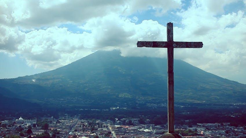 IVHQ Scholarship winner Armando, shares his story as a volunteer in Guatemala