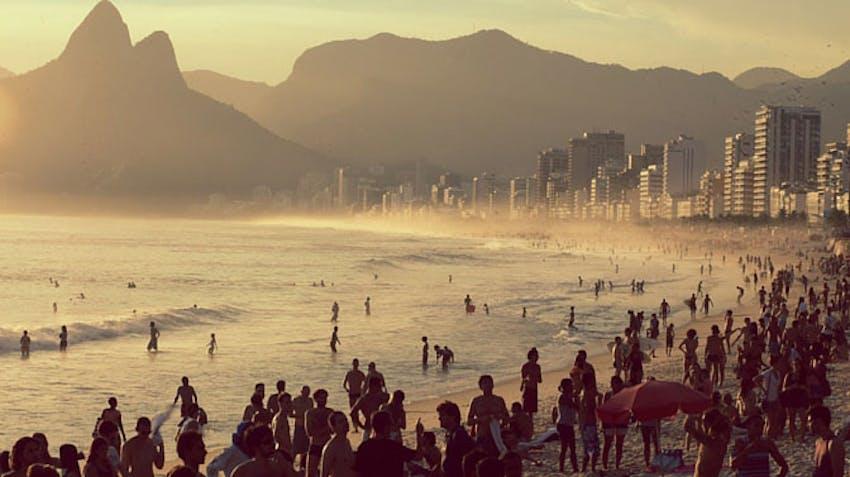Volunteer abroad programs 2016 - Brazil