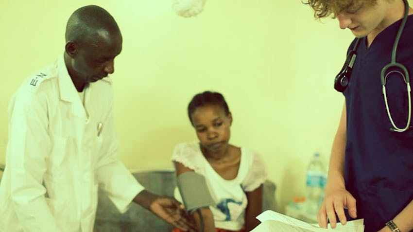 Medical volunteer in Tanzania with IVHQ