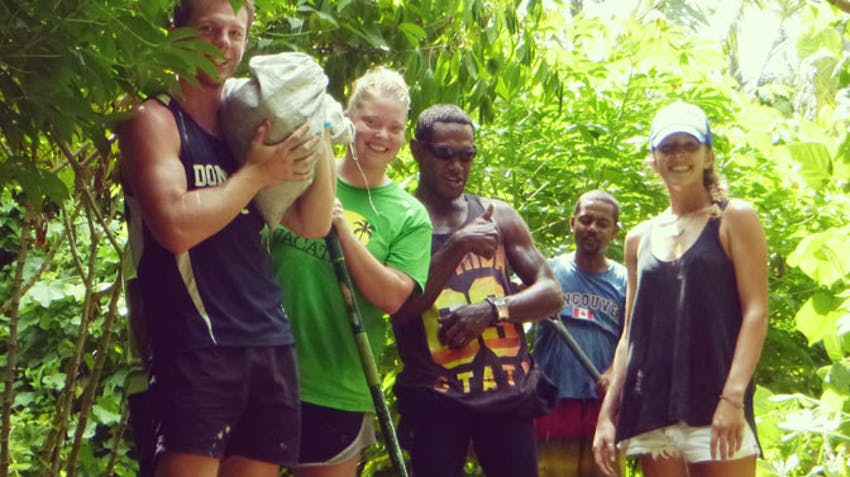 Volunteer abroad as a teen in Fiji with IVHQ