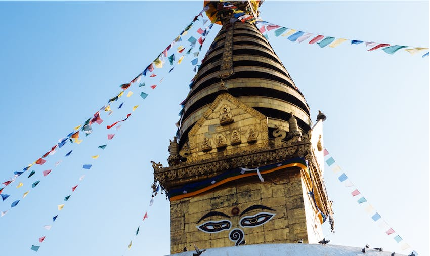 Travelling through Nepal as an IVHQ volunteer during Schoolies