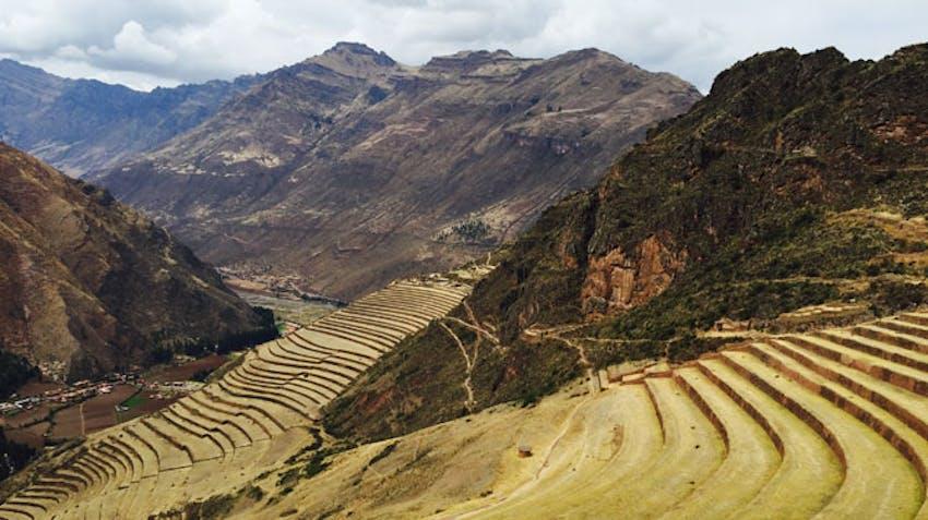 Volunteer and travel in Cusco, Peru