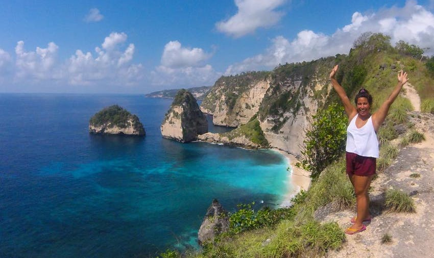 Explore Nusa Penida during your weekends on the Turtle Conservation project - Bali