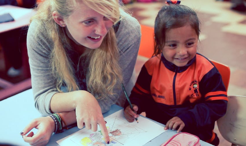 Teen volunteer in Ecuador with International Volunteer HQ