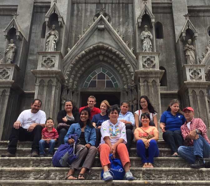 Visiting the Church of Coronado as an IVHQ volunteer