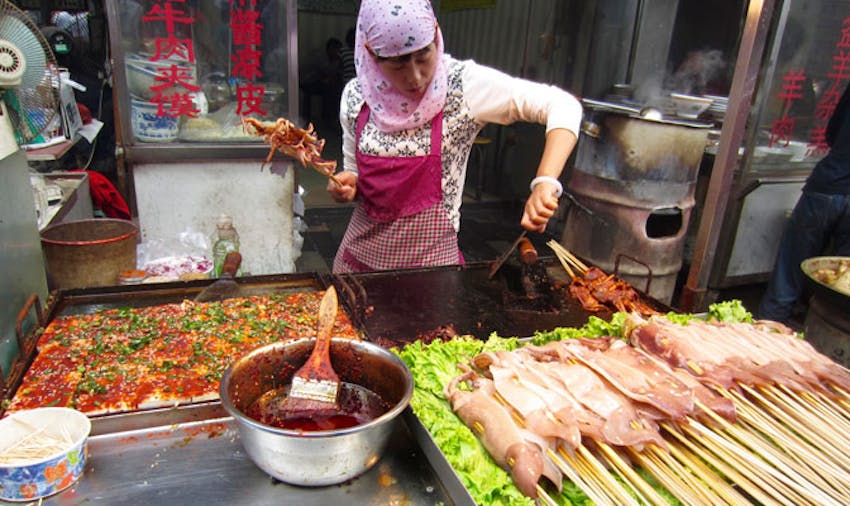 Visiting the markets in China as an IVHQ volunteer