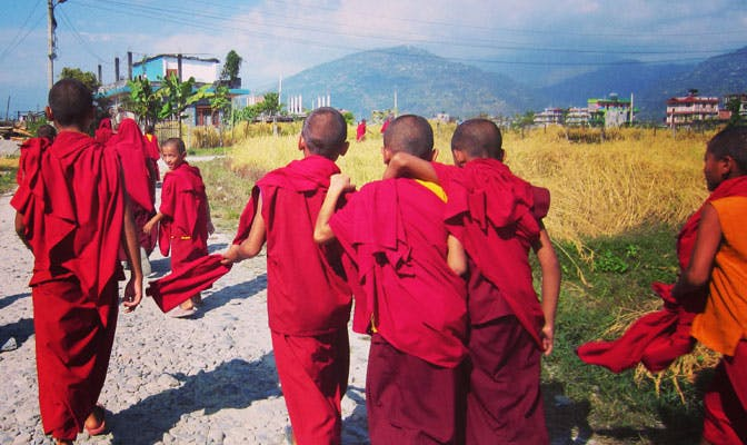 Volunteering with monks as an IVHQ volunteer in Nepal