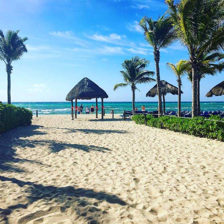 Volunteer in Mexico and visit Playa del Carmen