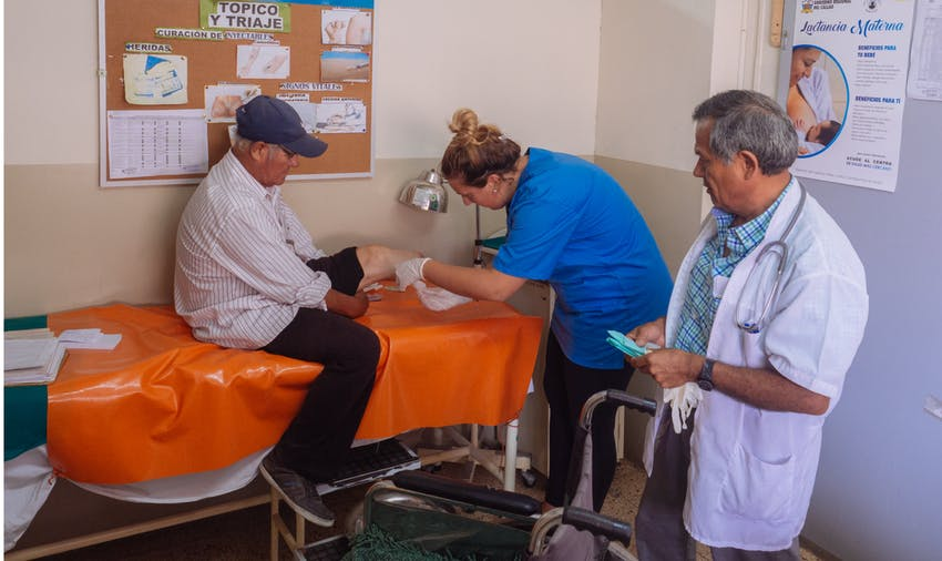 Medical volunteer in Lima, Peru with IVHQ