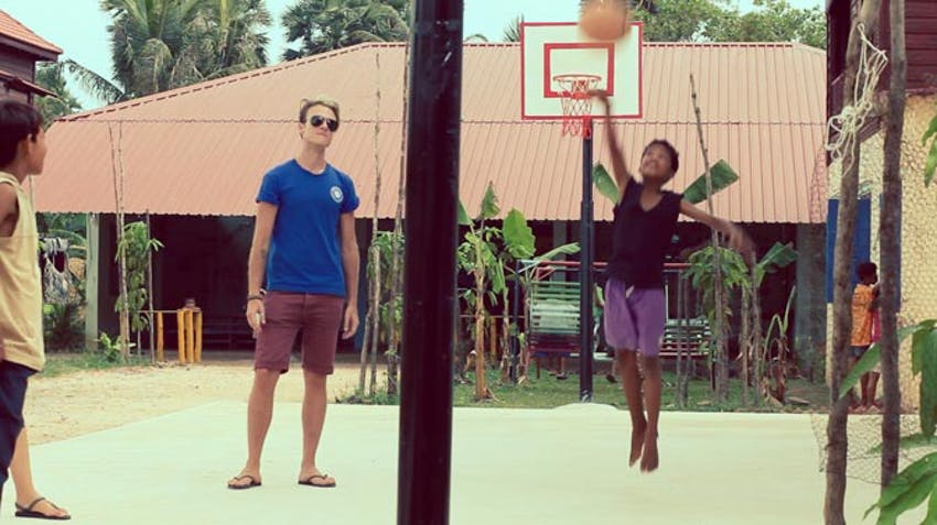 Volunteering in Cambodia with iVHQ