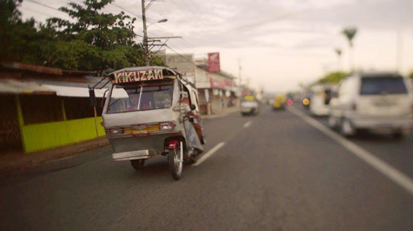 Volunteer transport in the Philiipines with International Volunteer HQ