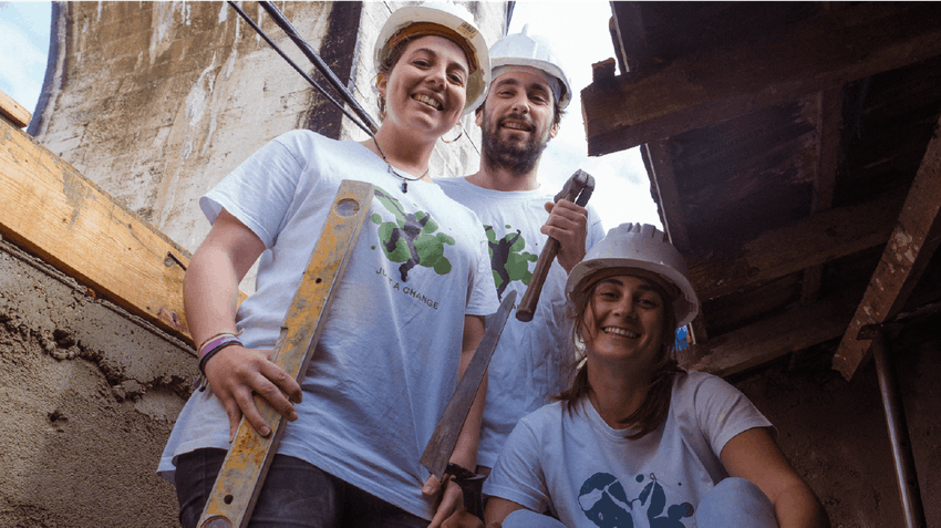 Volunteer in Portugal as a teen with IVHQ