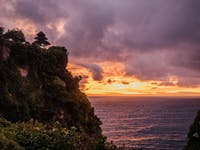 Explore Uluwatu in Bali with IVHQ