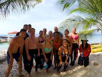 Group of Marine Conservation volunteers in Belize with IVHQ