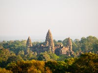 Explore Angkor Wat in Siem Reap during an IVHQ weekend