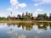 Explore Angkor Wat during an IVHQ weekend