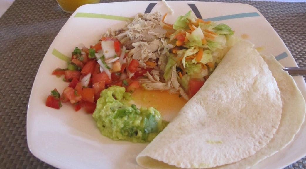 Volunteer meals lunch in Colombia - Cartagena