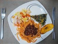 Cartagena IVHQ volunteer lunch