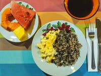 Volunteer breakfast in Costa Rica with IVHQ