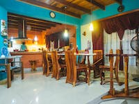 IVHQ volunteer house dining room in Manuel Antonio, Costa Rica