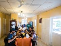 IVHQ volunteers dining in Santa Elena