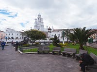 Explore Quito buildings during an IVHQ weekend