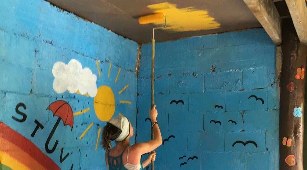 Construction volunteering in Fiji with IVHQ