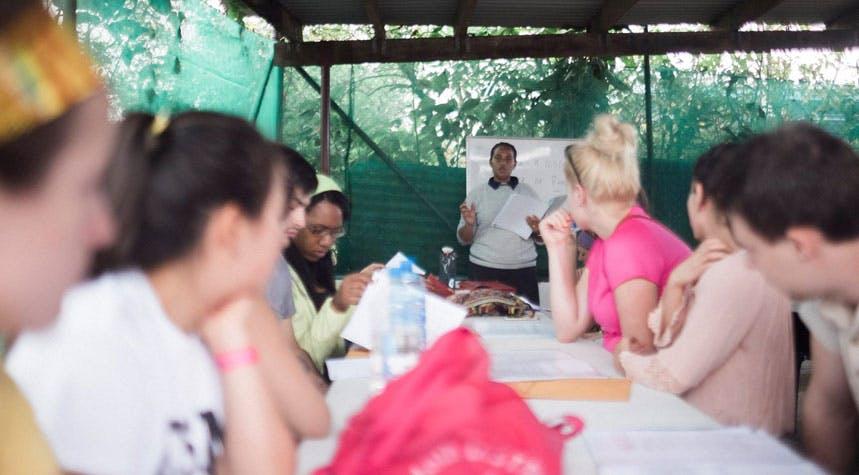 Volunteer orientation in Fiji with IVHQ
