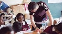 Volunteer teacher in Fiji with IVHQ