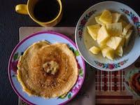 Volunteer Breakfast in Ghana with IVHQ