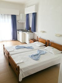 IVHQ volunteer bedroom in Greece