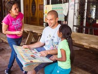 Volunteer on the childcare project in Guatemala with IVHQ