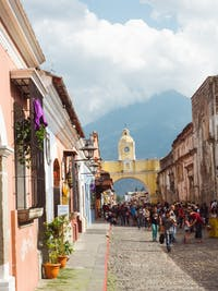 Exploring Antigua, Guatemala with IVHQ