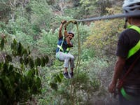 IVHQ Guatemala Zip Lining volunteers during a weekend