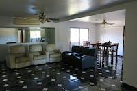 IVHQ Hawaii volunteer house living room