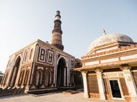 Explore India during a weekend with IVHQ