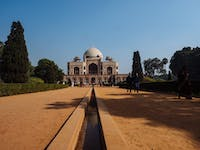 Exploring Humayuns Tomb in India, Delhi with IVHQ